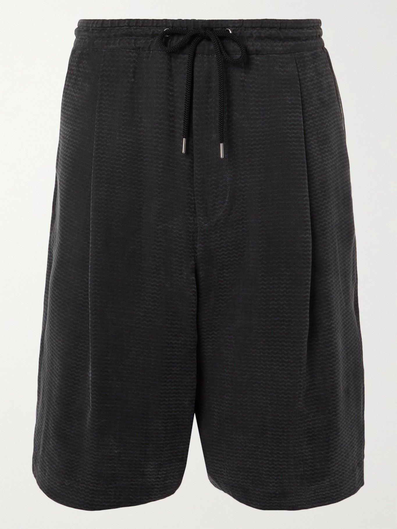 Photo: GIORGIO ARMANI - Wide-Leg Pleated Herringbone-Jacquard Drawstring Shorts - Multi - IT 46