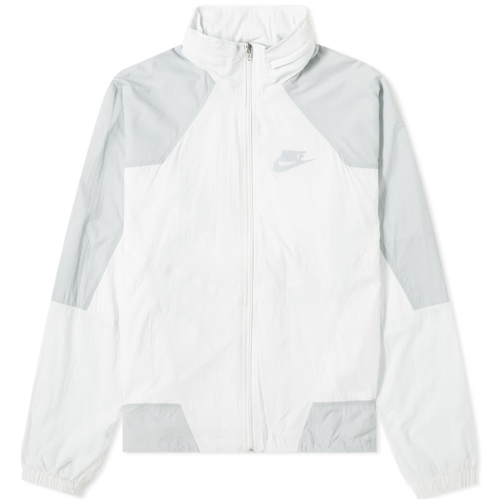 Photo: Nike Re-issue Woven Wind Jacket