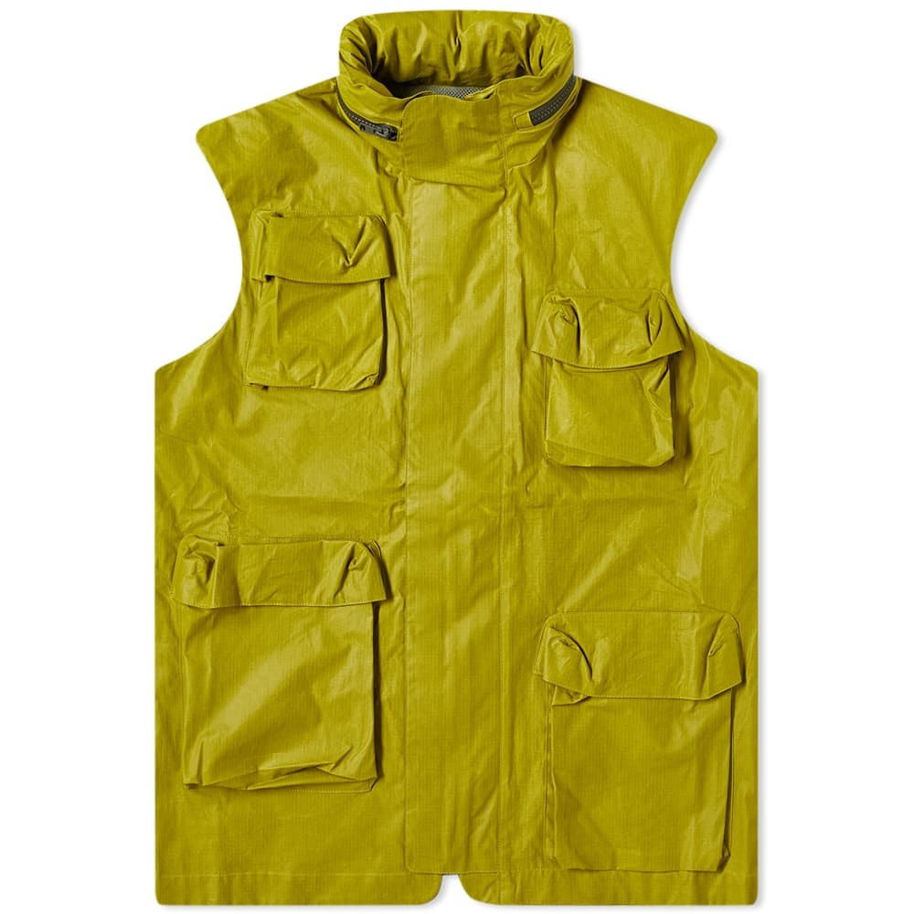 Photo: Paria Farzaneh Military Gilet