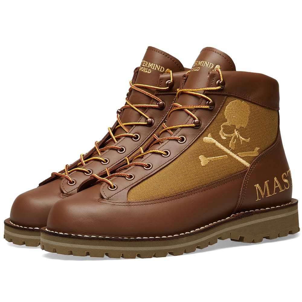 Photo: MASTERMIND WORLD x Danner Boot