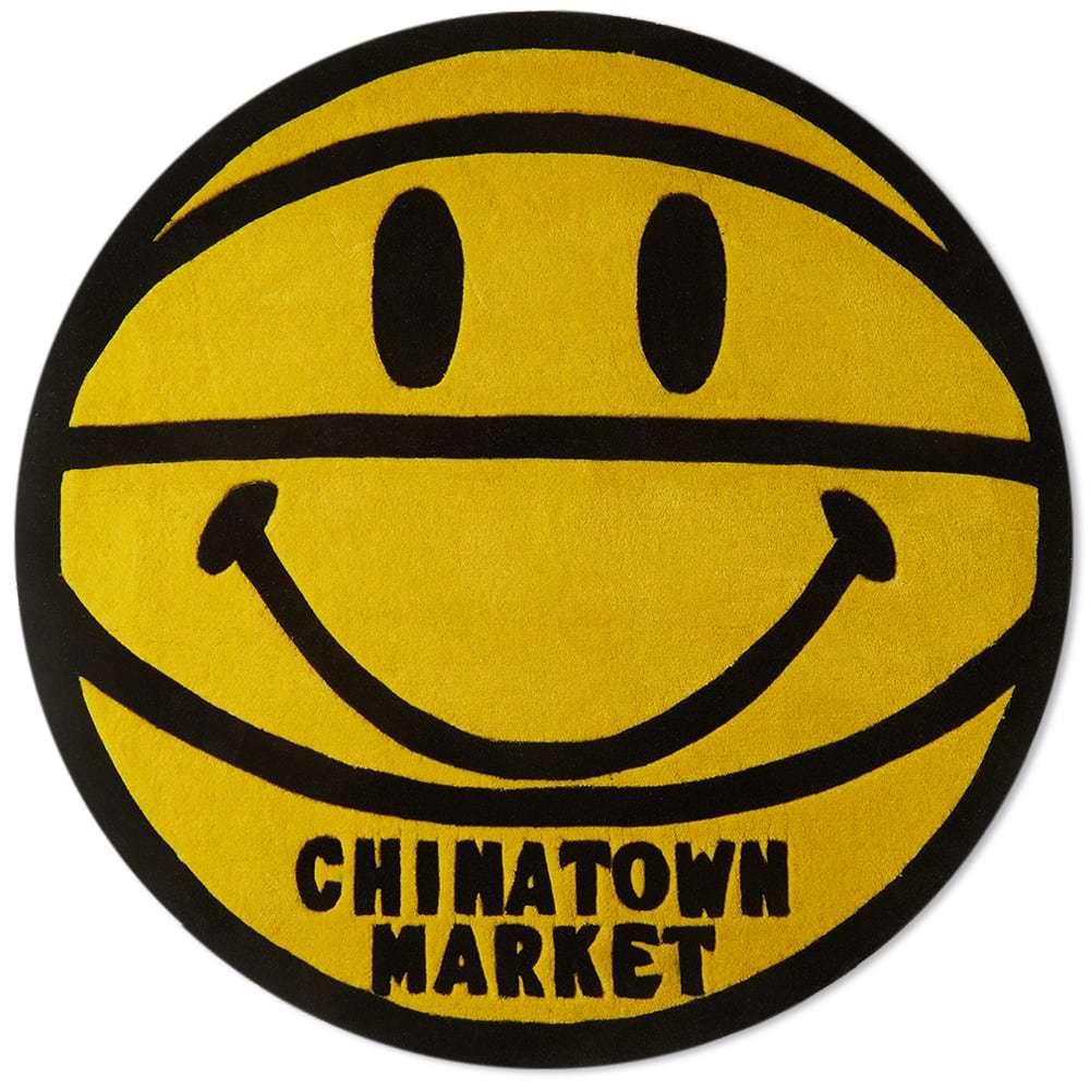 Photo: Chinatown Market Smiley Basketball Rug
