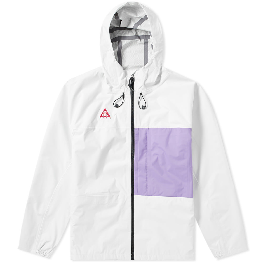 Photo: Nike ACG 2.5l Packable Jacket