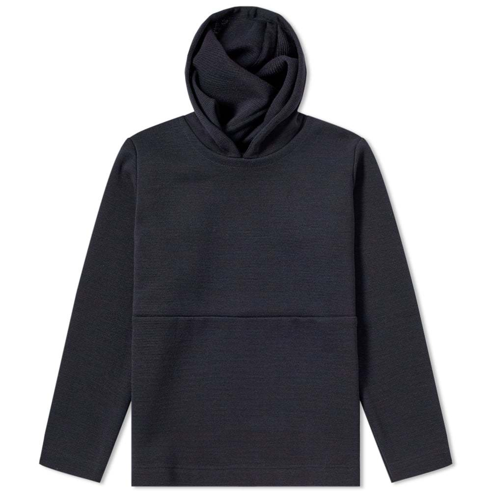 Photo: S.N.S. Herning Neo Hooded Anorak Knit
