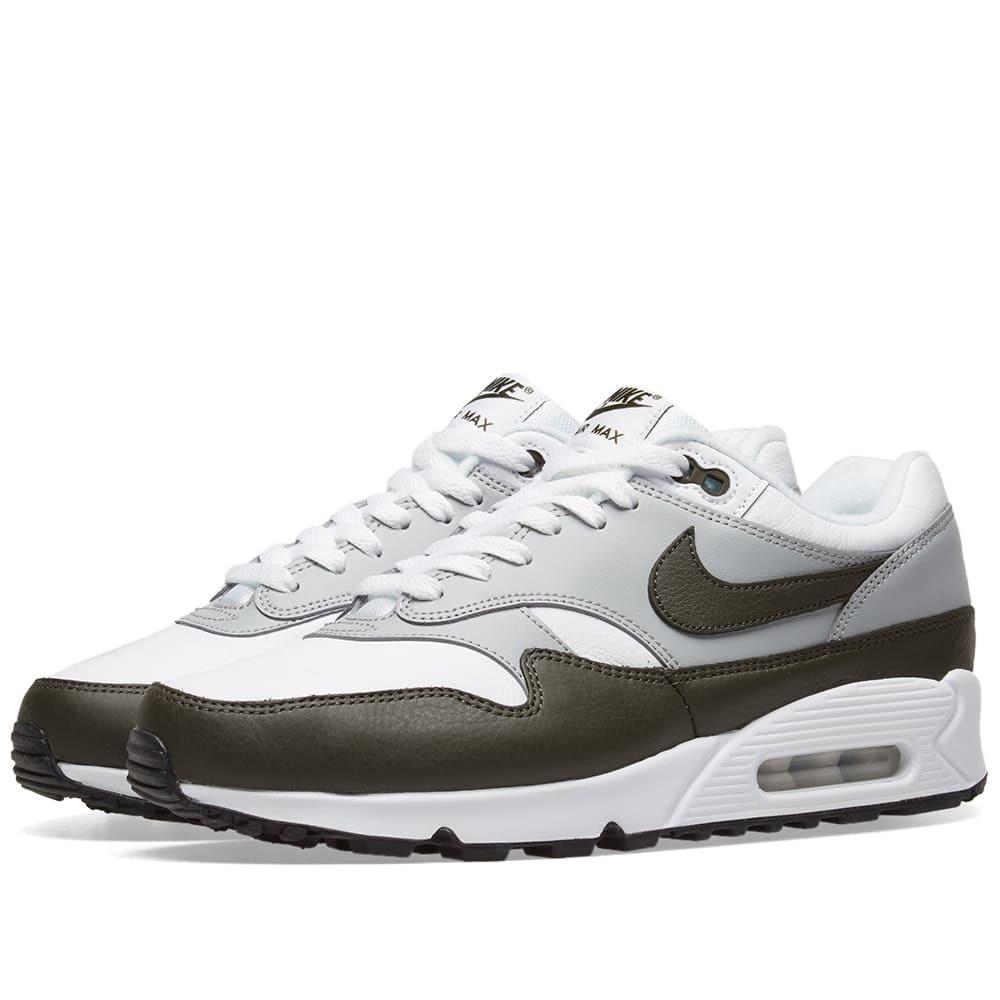 Photo: Nike Air Max 90/1