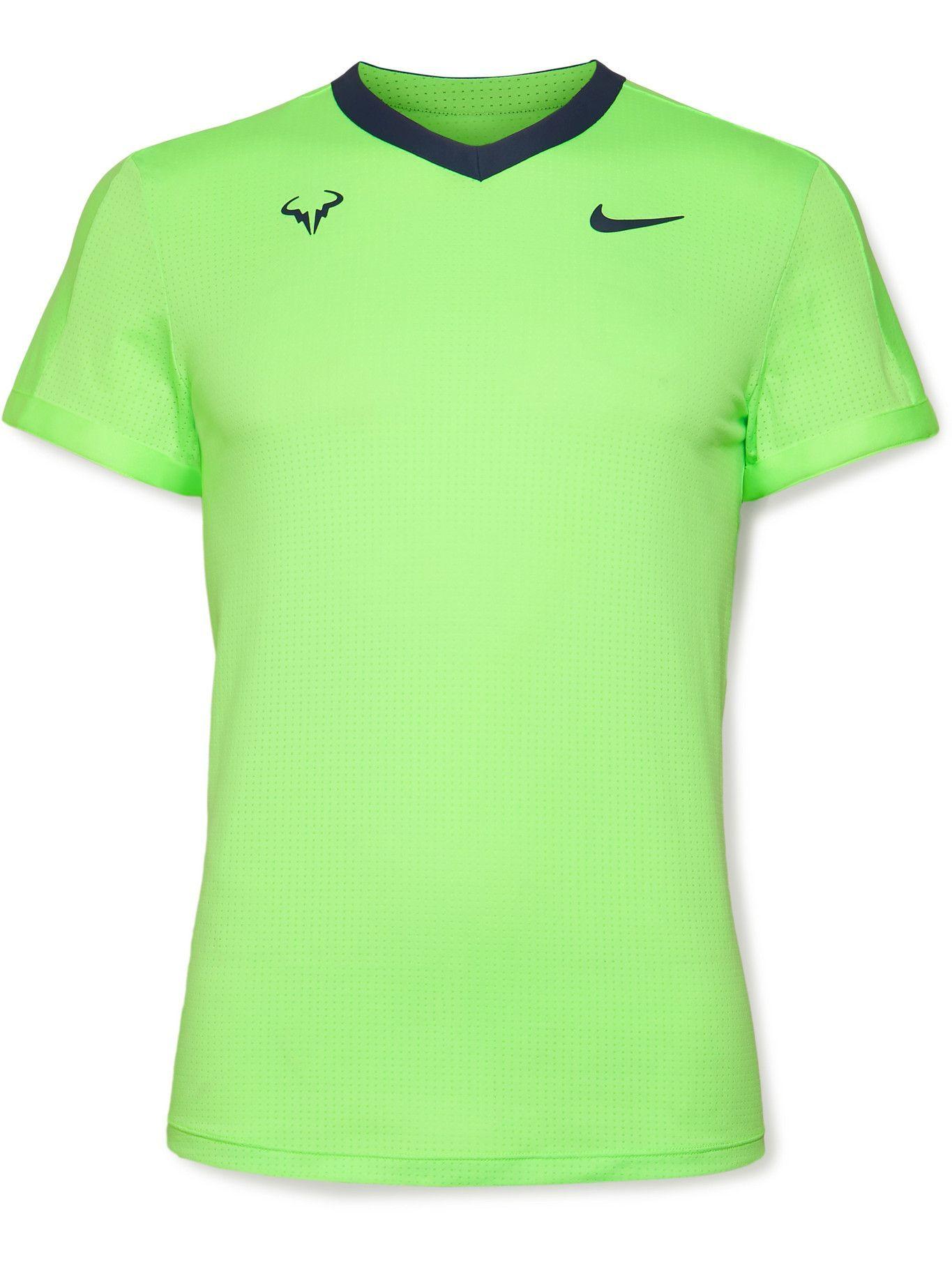 Photo: Nike Tennis - NikeCourt Dri-FIT ADV Rafa Tennis T-Shirt - Green