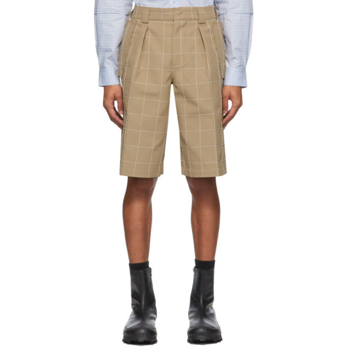 Photo: Jacquemus Beige Le Short Quadri Shorts
