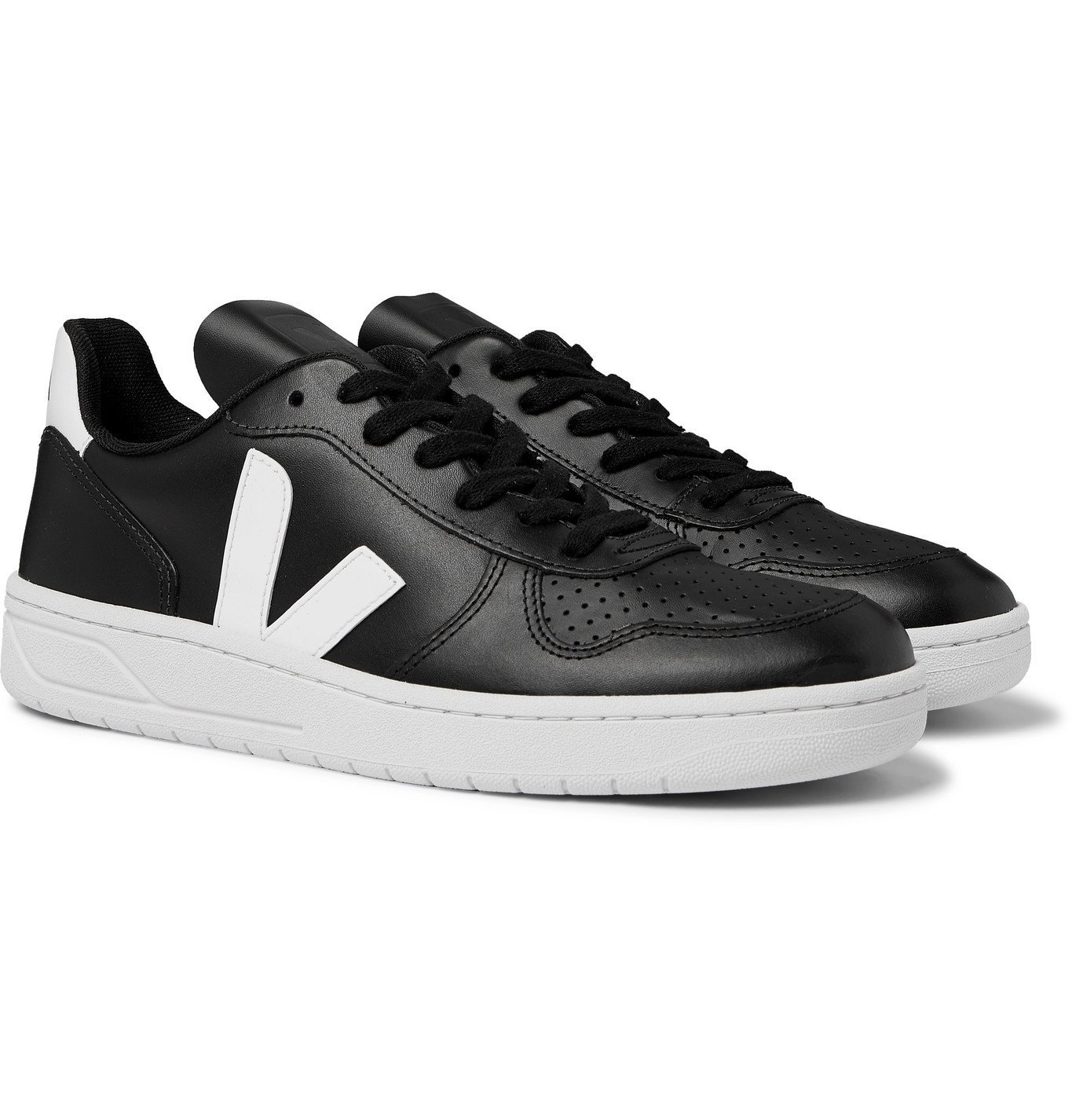 Photo: Veja - V-10 Rubber-Trimmed Leather Sneakers - Black