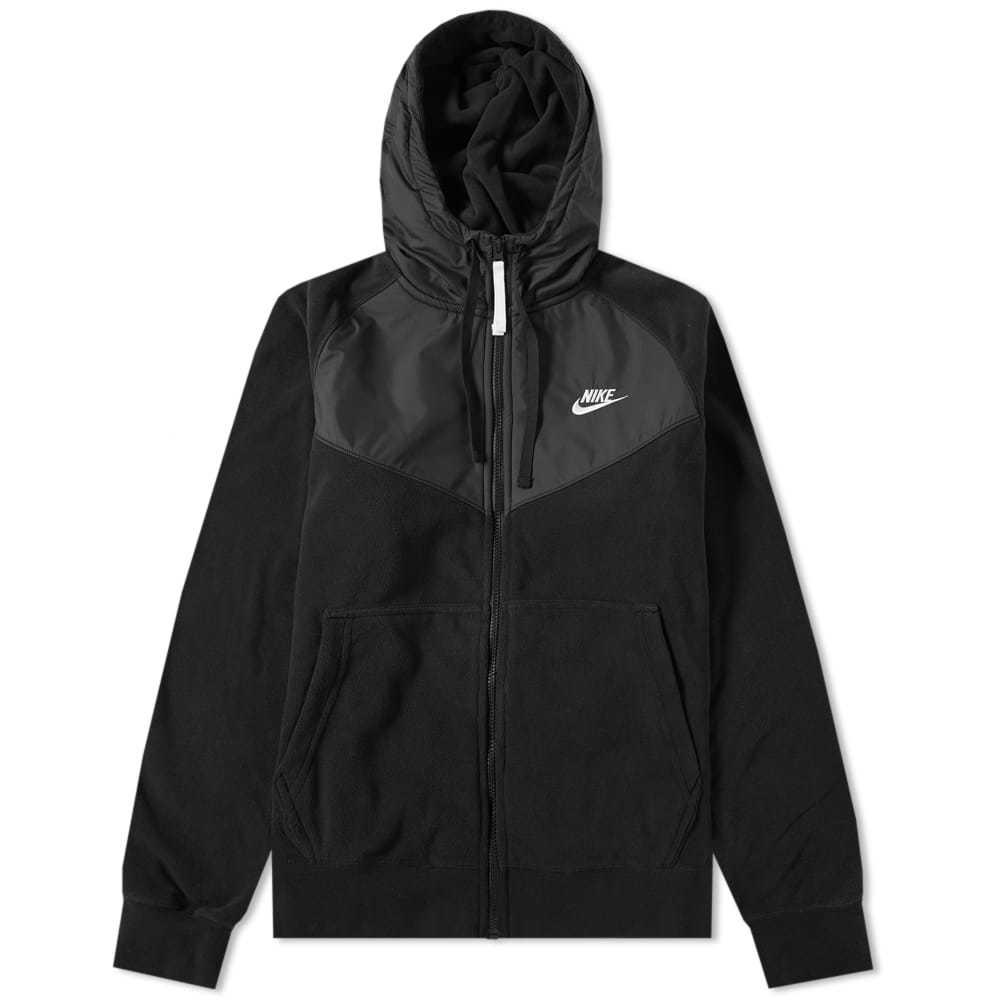 Photo: Nike Fleece Winter Wind Runner