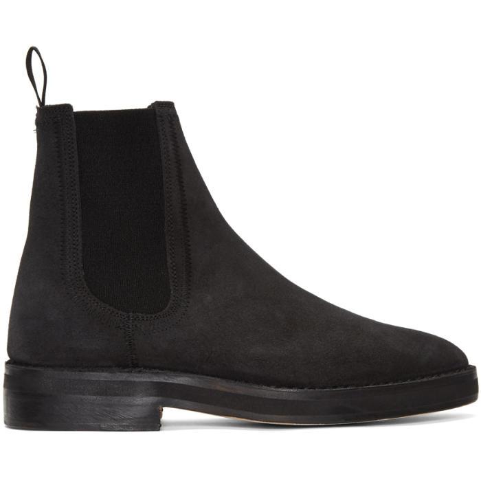 Photo: YEEZY Black Chelsea Boots