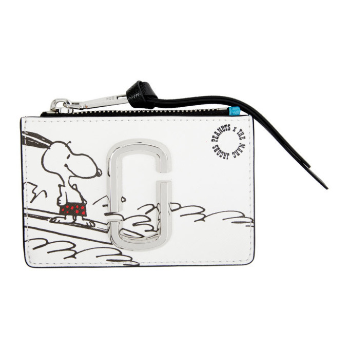 Photo: Marc Jacobs White Peanuts Edition Snoopy Top Zip Wallet