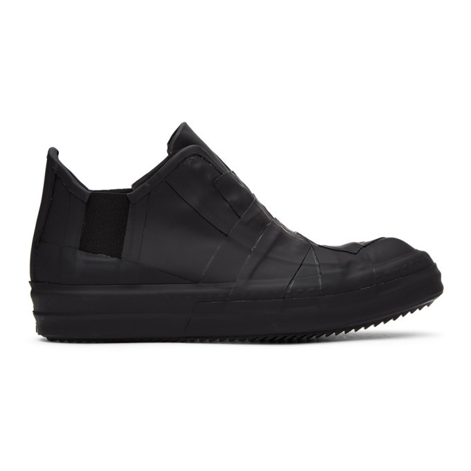 Photo: Rick Owens Black Rubber Performa Low-Top Sneakers