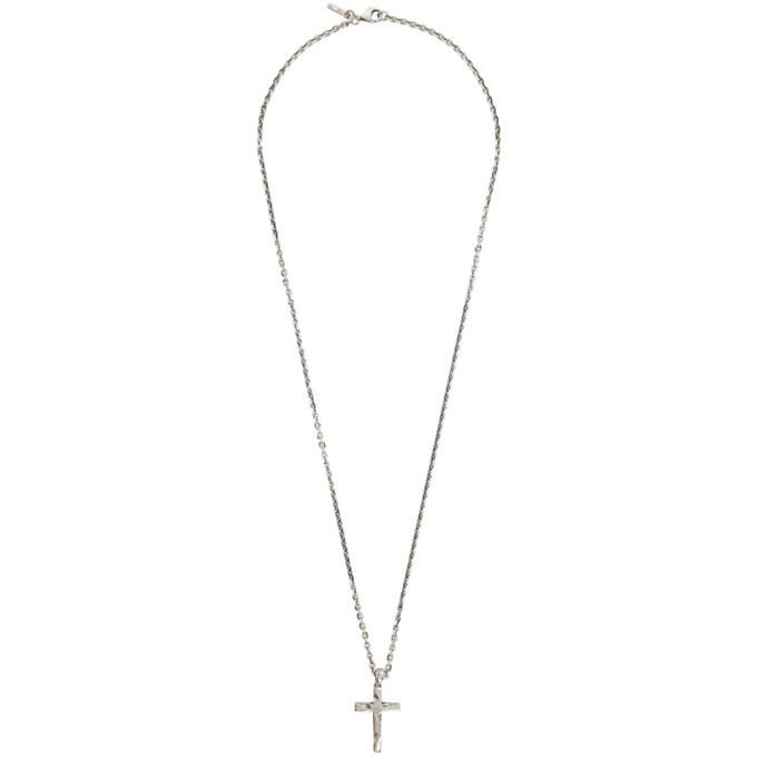Photo: Emanuele Bicocchi Silver Cross Pendant Necklace