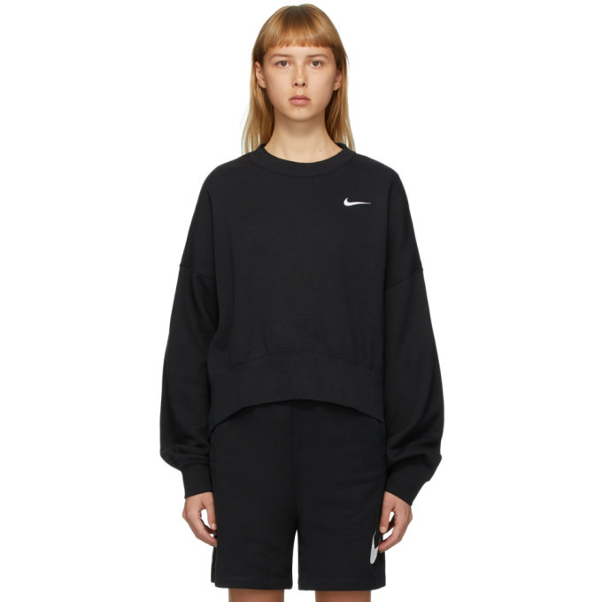 Photo: Nike Black Sportswear Essentials Sweatshirt