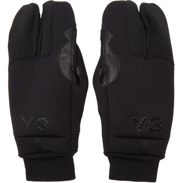 Photo: Y-3 Black Tech Gloves