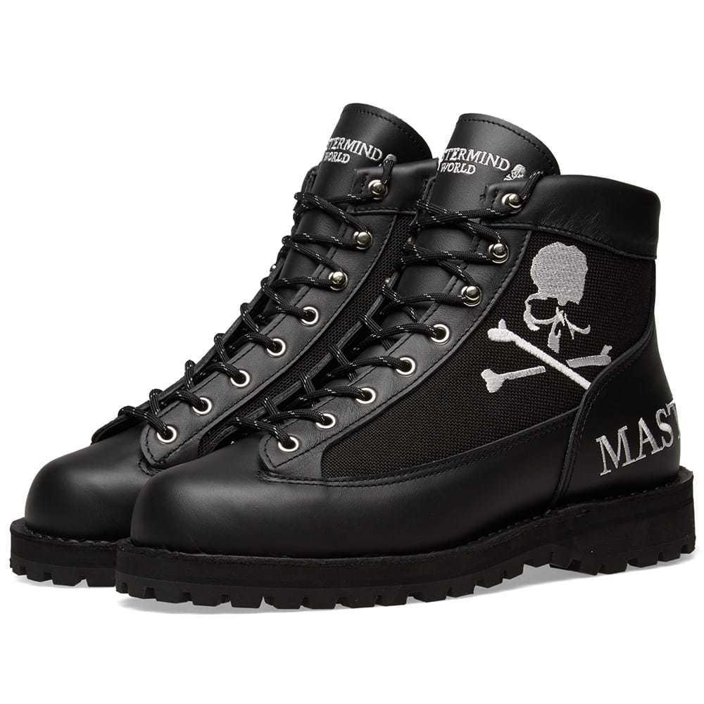 Photo: MASTERMIND WORLD x Danner Boot