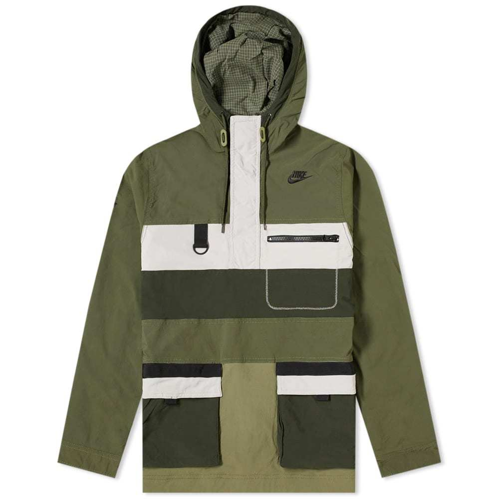 Photo: Nike Hype Hike Jacket