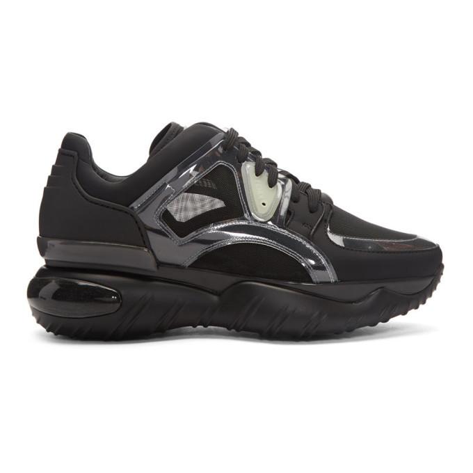 Photo: Fendi Black Runner Sneakers