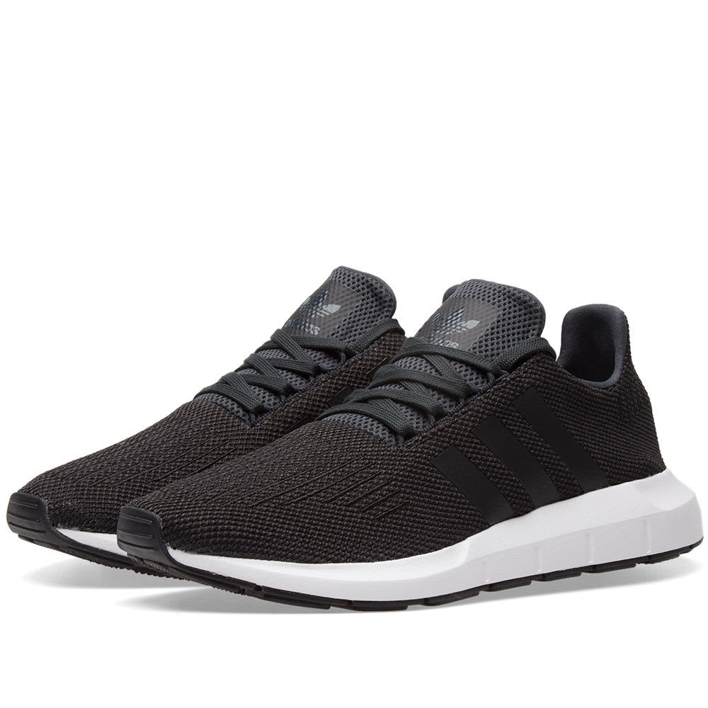 Adidas Swift Run Black