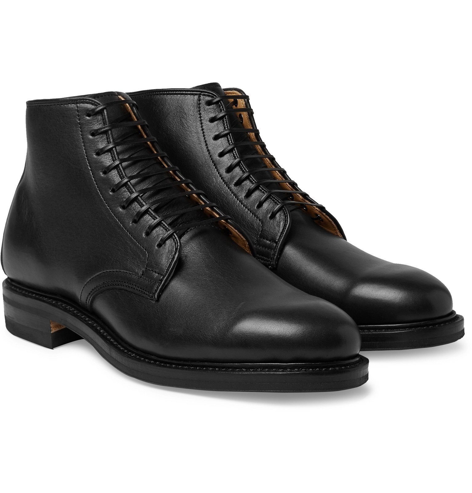Photo: Viberg - Leather Boots - Black