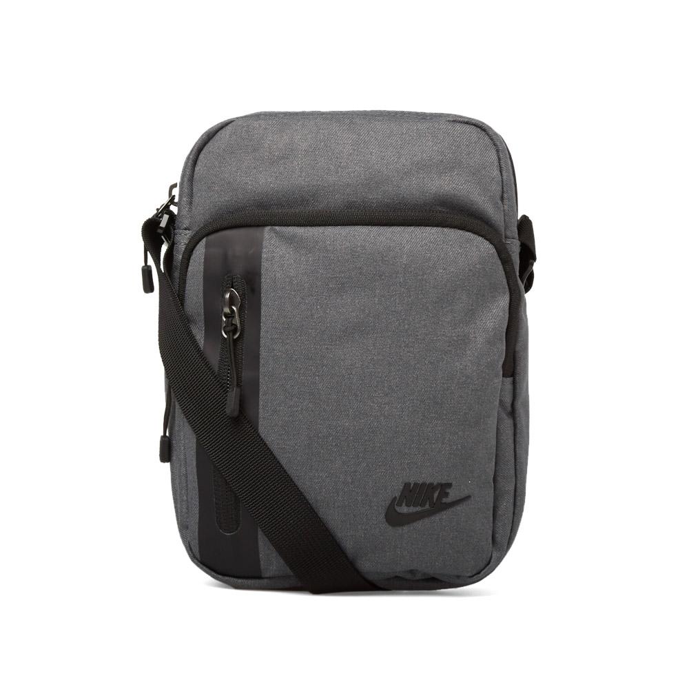 Photo: Nike Tech Small Bag
