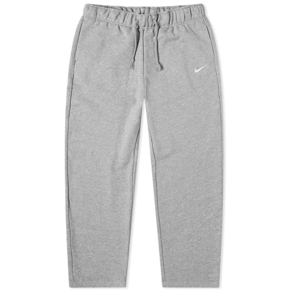 Photo: Nike Essentials Cropped Pants