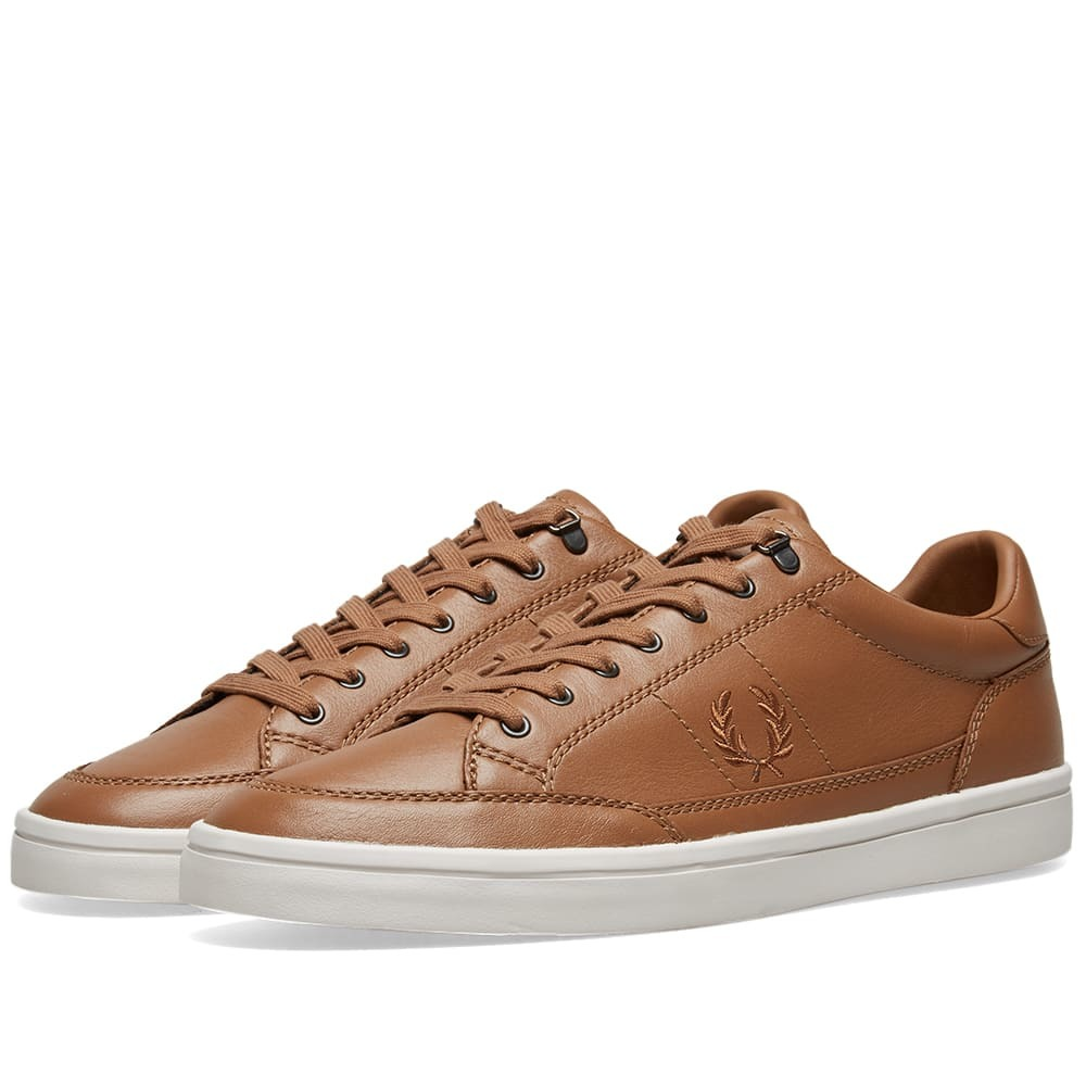 Photo: Fred Perry Deuce Premium Leather Sneaker Light Tobacco
