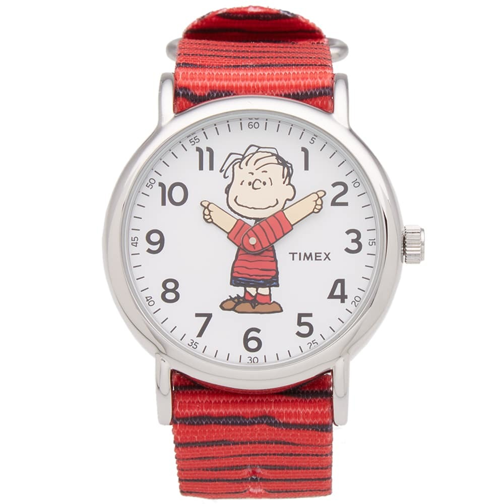 Photo: Timex x Peanuts Weekender