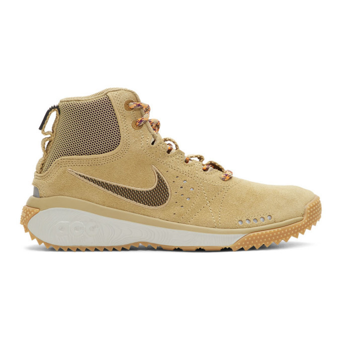 Photo: Nike ACG Beige ACG Angels Rest High-Top Sneakers