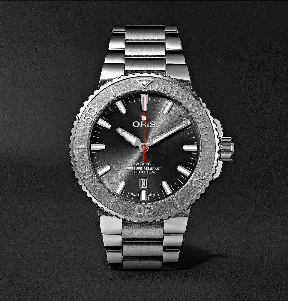 Photo: Oris - Aquis Date Relief Automatic 43.5mm Stainless Steel Watch - Black