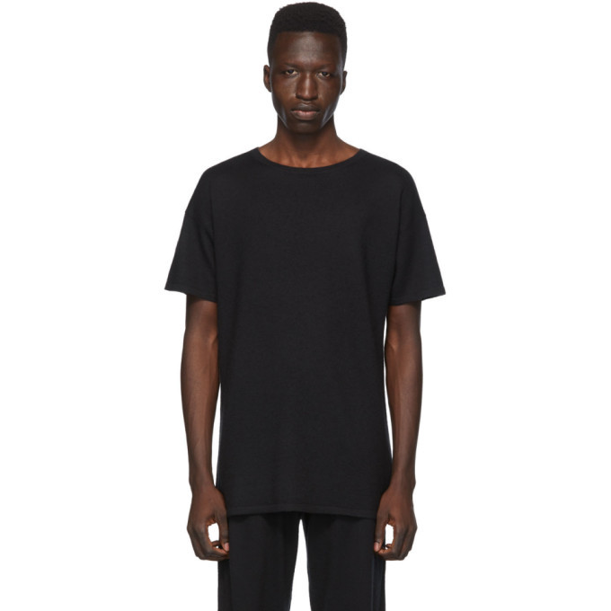 Photo: Frenckenberger Black Cashmere T-Shirt