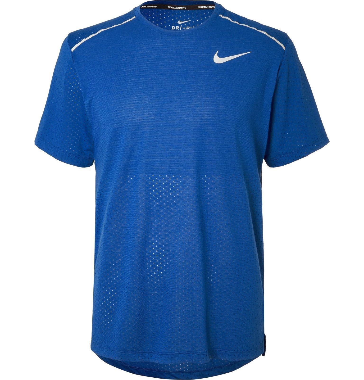Photo: Nike Running - Rise 365 Dri-FIT T-shirt - Blue