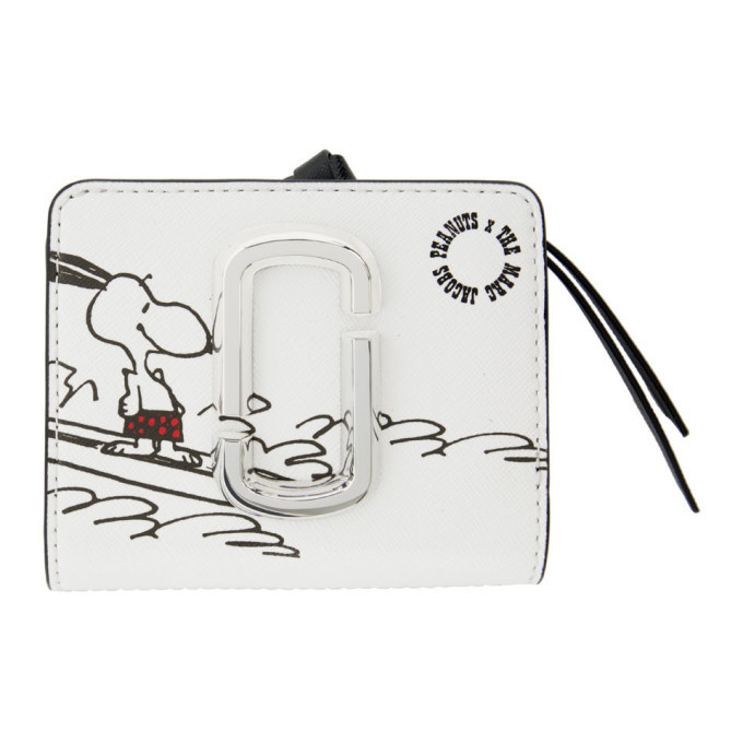 Photo: Marc Jacobs White Peanuts Edition Mini Snapshot Compact Wallet