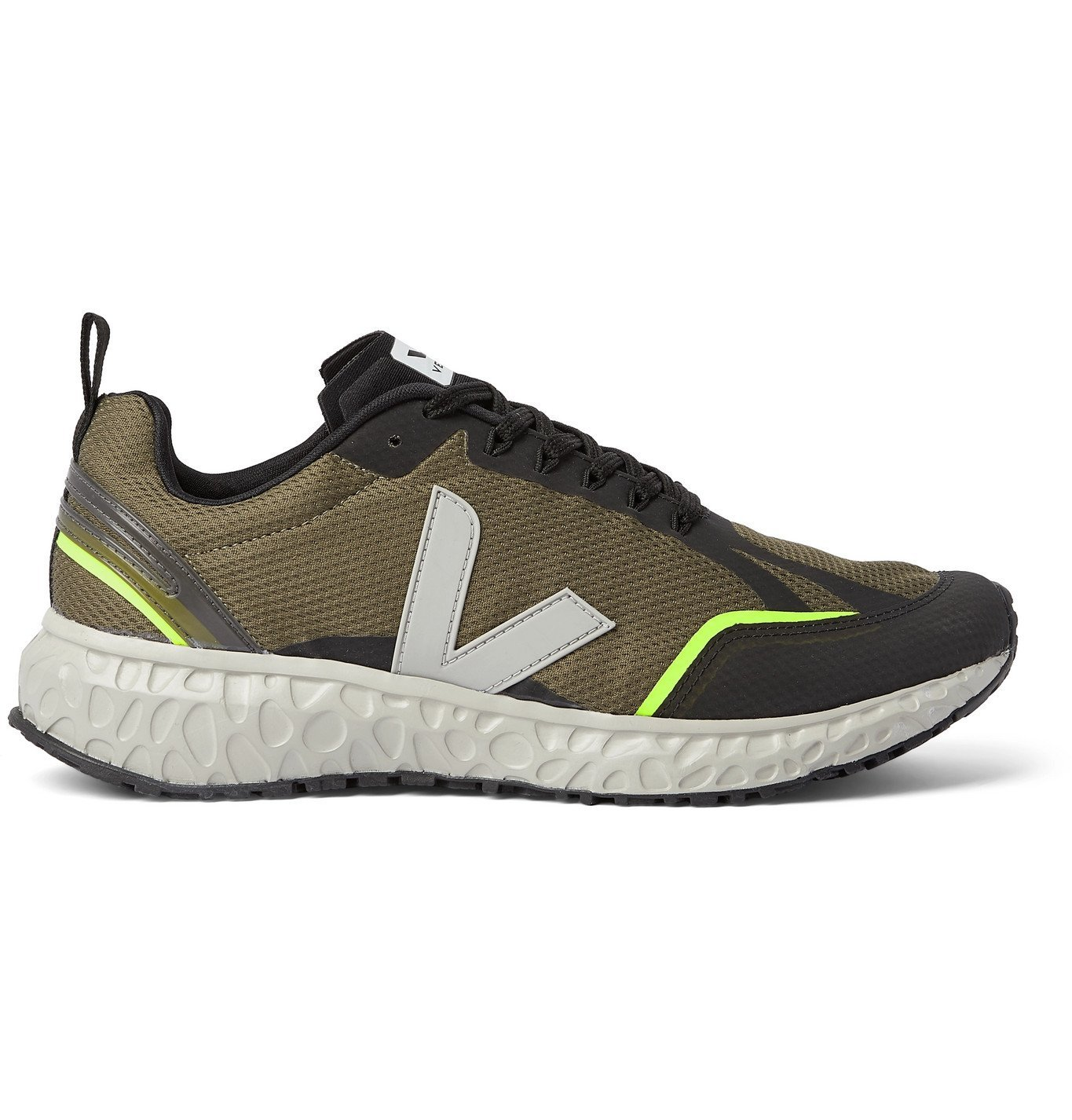 Photo: Veja - Condor Mesh Running Sneakers - Green