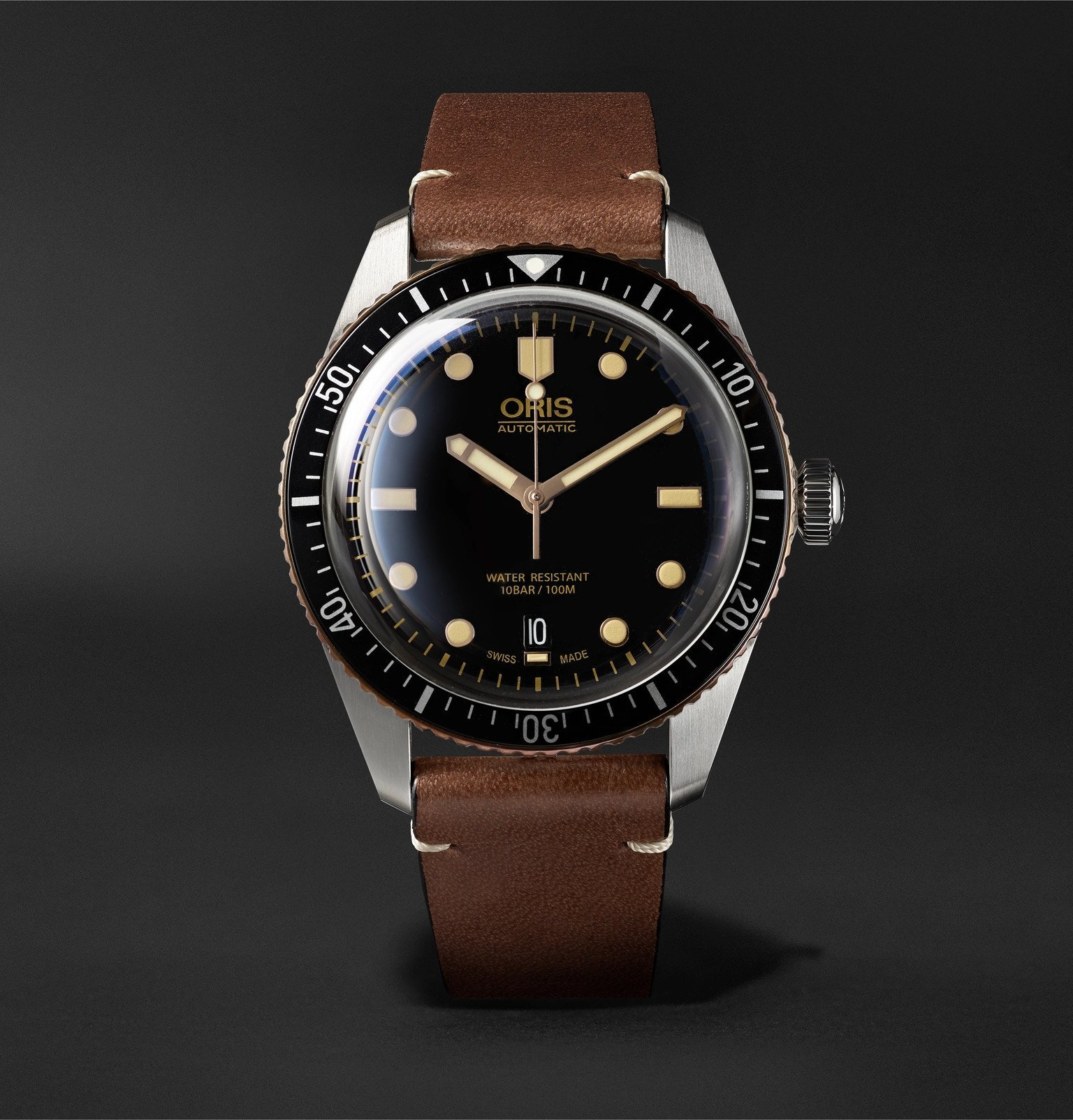 Photo: Oris - Divers Sixty-Five Automatic 42mm Stainless Steel and Leather Watch, Ref. No. 01 733 7707 4354 - Black