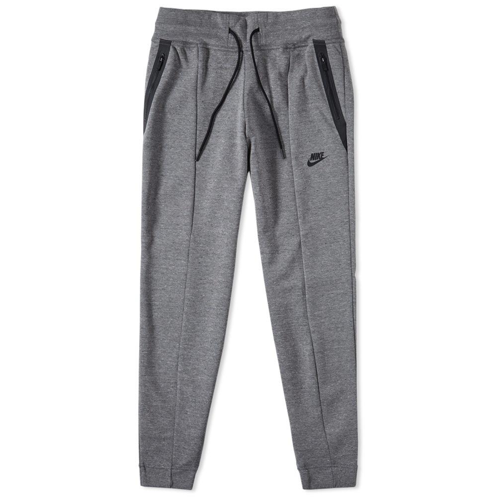 Photo: Nike Women's Tech Fleece Seamed Pant