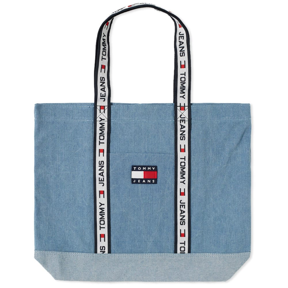 Photo: Tommy Jeans 5.0 90s Sailing Tote Bag