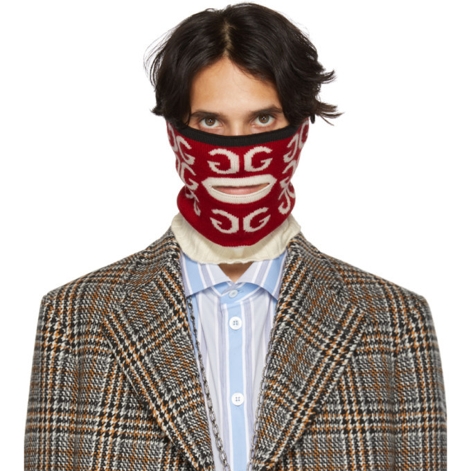 Gucci Red And White Mouth Opening Neck Warmer Gucci