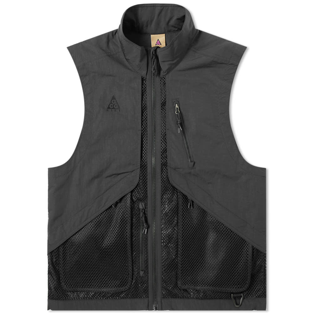Photo: Nike ACG Vest Black