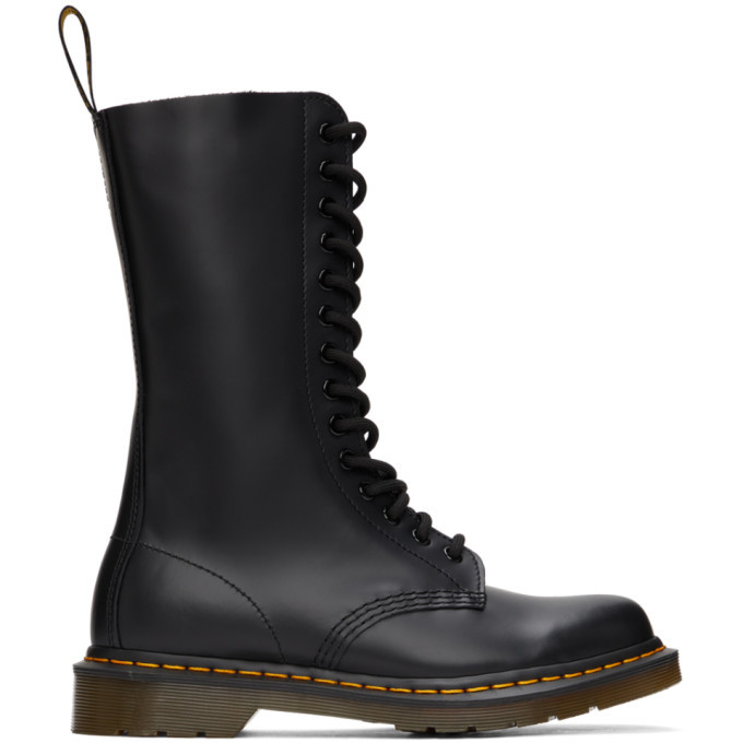 Photo: Dr. Martens Black Smooth 1914 Boots