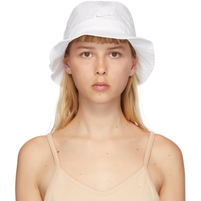 Photo: Nike White NSW Bucket Hat