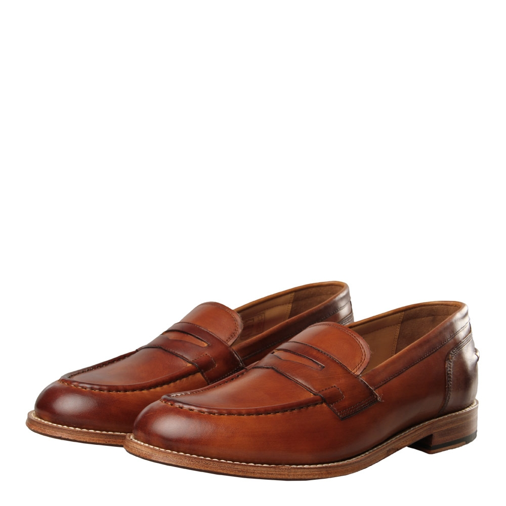 Photo: Maxwell Loafer - Handpainted Tan
