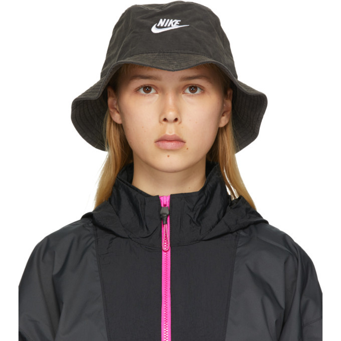 Photo: Nike Black Washed NSW Bucket Hat