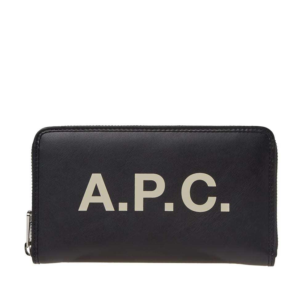 Photo: A.P.C. Morgan Logo Leather Portfolio Wallet