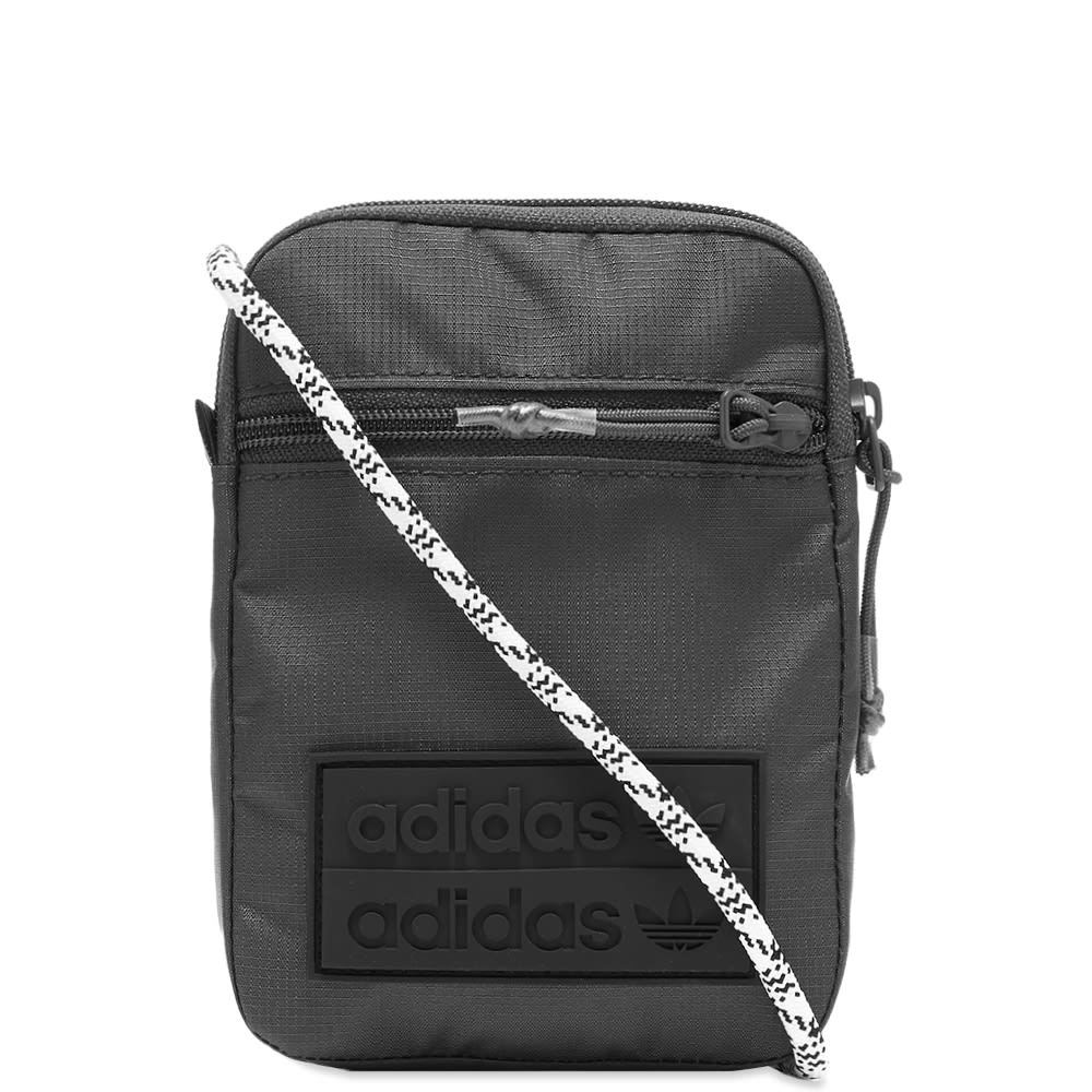 Photo: Adidas Ryv Festival Bag