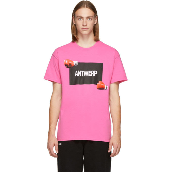 Photo: Vier Pink Iron Mike T-Shirt