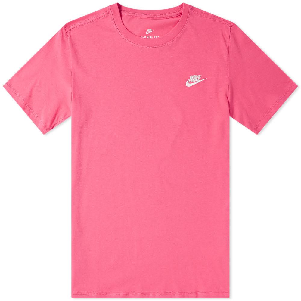 Photo: Nike Sportswear Tee