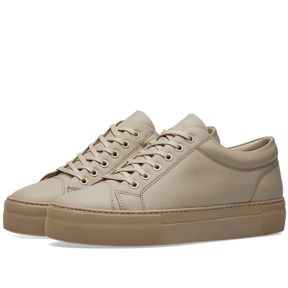 Photo: ETQ. Low Top 1 Sneaker