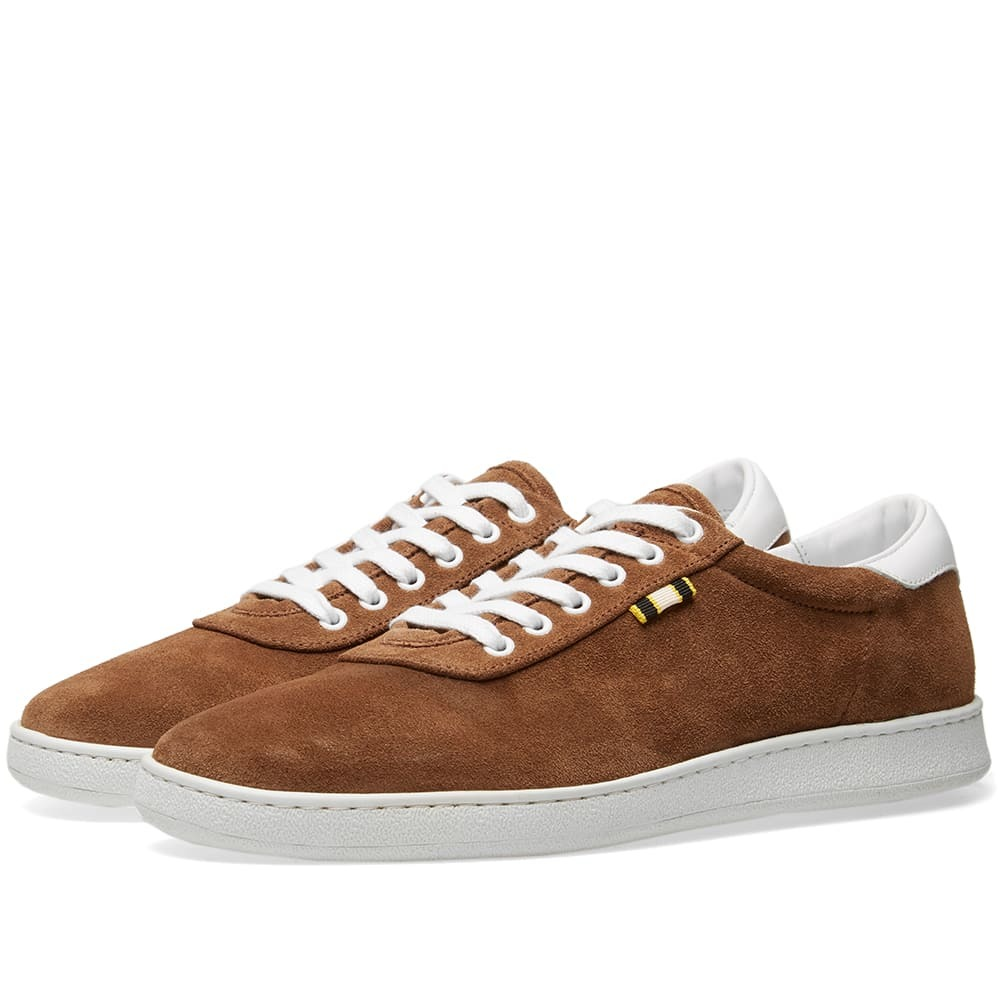 Photo: Aprix Suede Low Sneaker