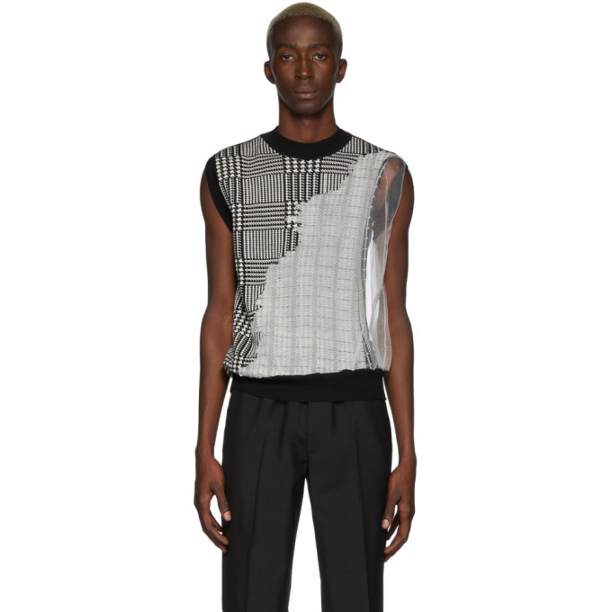Photo: CMMN SWDN Black and White Knit Fedde Vest