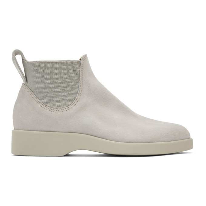 Photo: R.M. Williams Off-White Marc Newson Edition Suede 365 Yard Boots
